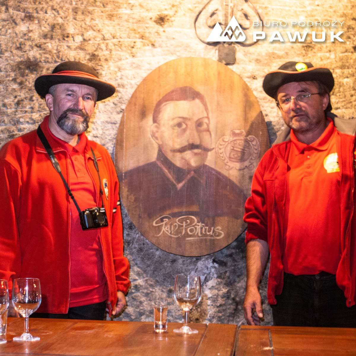 Przewodnicy Węgry wina Tokaj