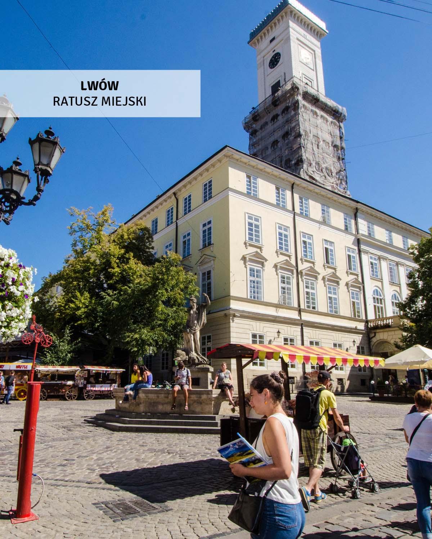 lwow-wycieczki-jednodniowe-ratusz miejski