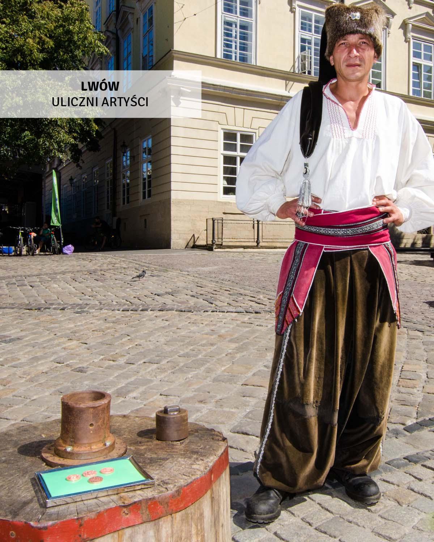 lwow-wycieczki-jednodniowe-uliczni artyści